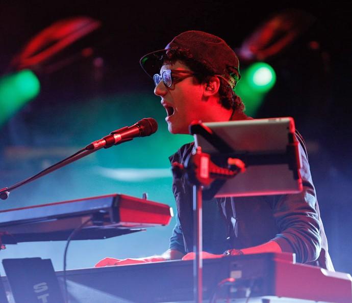 Henrique participa de show de 'Mister Brau' (Foto: Pedro Carrilho/ Gshow)