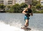 Klebber Toledo realizou manobras radicais no wakeboard (Foto: Inácio Moraes/TV Globo)