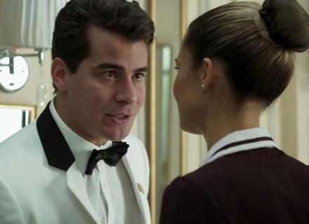 Júlio decide devolver sua parte dos dólares e preocupa Sandra Helena