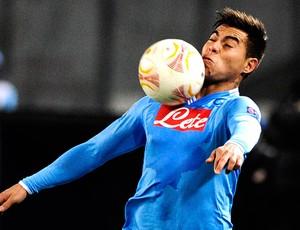 Vargas na partida do Napoli (Foto: AFP)