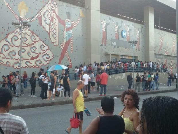 Estação Irajá chegou a ser fechada por conta de problema no Metrô (Foto: Leandro Souza/Arquivo Pessoal)