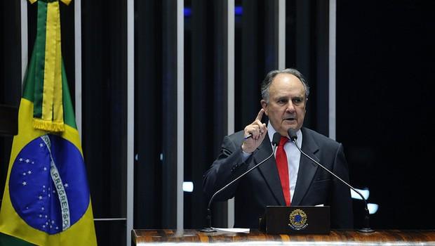 Em discurso, senador Cristovam Buarque (PPS-DF). (Foto: Marcos Oliveira/Agência Senado)