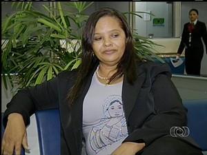Após audiência pública, Zulmira está confiante em encontrar filho desaparecido (Foto: Reprodução/TV Anhanguera)