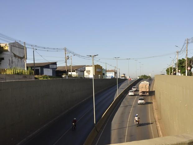 Trincheira do Verdão foi construída para melhorar o trânsito em uma das áreas de acesso à Arena Pantanal. (Foto: Nathália Lorentz/ G1)