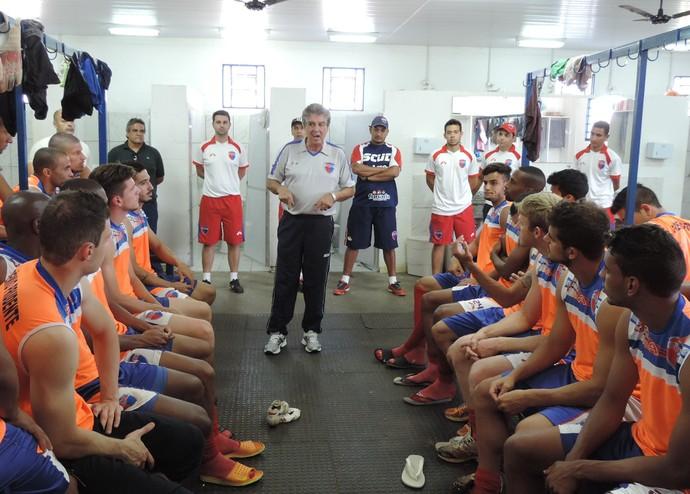 Luiz Carlos Ferreira técnico Grêmio Prudente (Foto: Ronaldo Nascimento / Globoesporte.com)