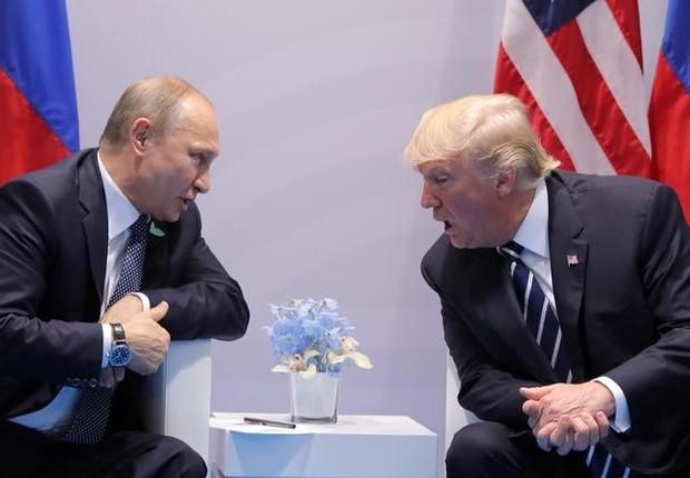 Presidente da Rússia, Vladimir Putin, e presidente dos EUA, Donald Trump (Foto: Carlos Barria/Reuters)