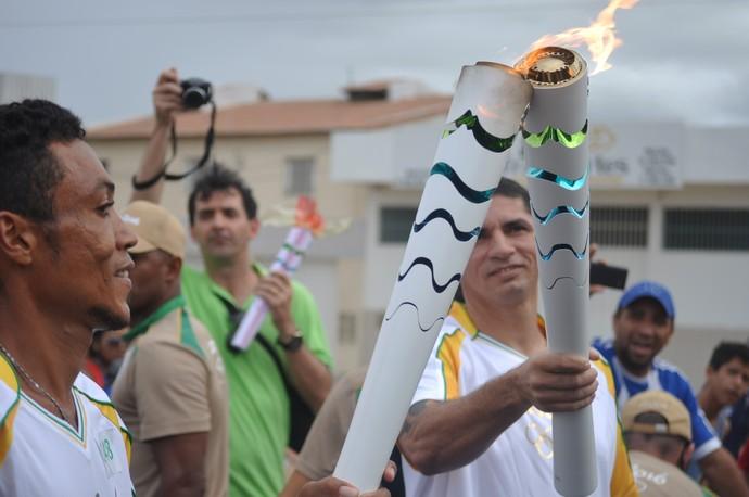 Tocha Olímpica passa por Petrolina-PE com as bênçãos do Rio São Francisco