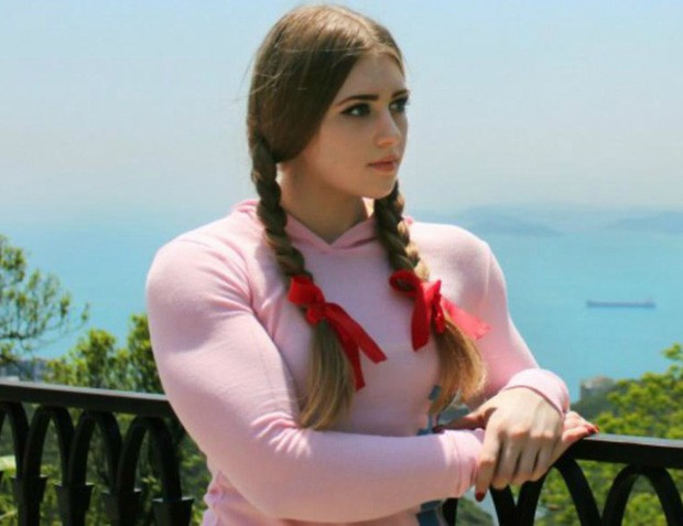 Julia Vins, a Barbie Musculosa (Foto: Reprodução/Instagram)