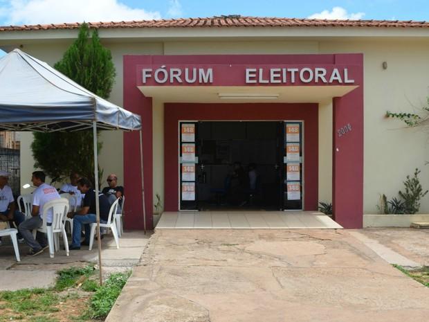 Fórum Eleitoral de Cacoal, RO (Foto: Magda Oliveira/G1)