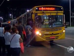 Assaltos a ônibus em Salvador chega a 140 por mês (Foto: Reprodução/TV Bahia)