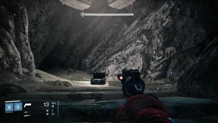 O baú localizado no Labirinto das Górgonas, na Câmara de Cristal, é um ponto onde há chances de se conseguir armamento exótico (Foto: Reprodução/Filipe Garrett)