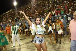 Renata Frisson, a Mulher Melão, em ensaio da Império Serrano na Marquês de Sapucaí, no Centro do Rio (Foto: Wagner Santos/ Foto Rio News)