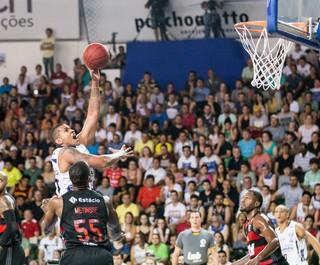 Hettsheimeir e Meyinsse, Bauru x Flamengo, NBB (Foto: Caio Casagrande / Bauru Basket)