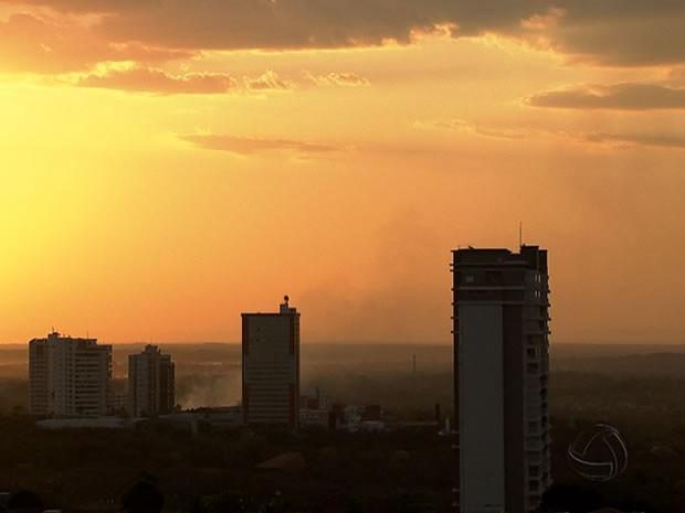 Calor em Cuiabá, cuiabá, Mato Grosso, Calor, Temperatura, previsão, tempo (Foto: Reprodução/TVCA)