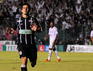 Aloisio figueirense gol joinville (Foto: Antônio Carlos Mafalda / Agência Estado)