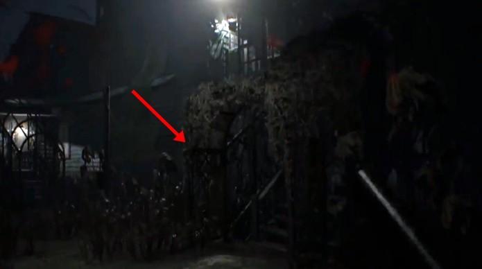 Segunda foto secreta de Resident Evil 7 fica no quintal da propriedade (Foto: Reprodução/Felipe Demartini)