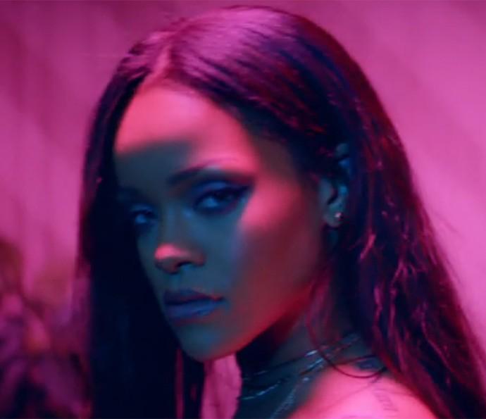 Rihanna lança duas versões de clipe para Work (Foto: Reprodução)