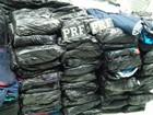 Peruanos são detidos em ônibus com 2,4 mil peças de roupas falsificadas