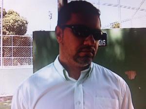 Cássio Dutra foi surpreendido com uma tentativa de suborno e deu voz de prisão ao candidato. (Foto: Reprodução/InterTV)