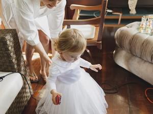 Casal esperou nascimento da filha para organizar o casamento e celebrar a festa (Foto: Andressa Barros/Divulgação)