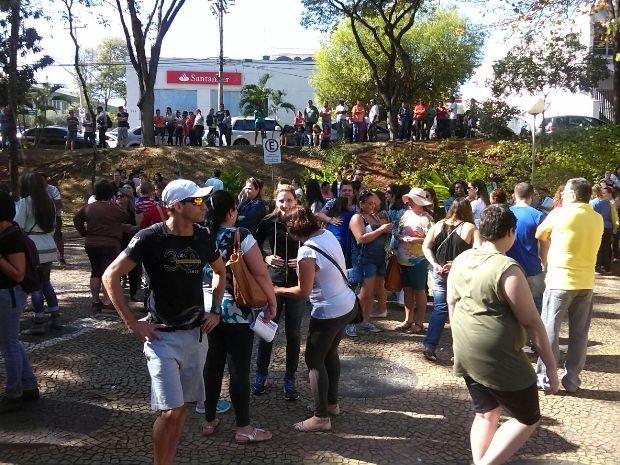 Servidores municipais de Americana decidiram manter a greve, nesta segunda-feira (Foto: Alexandro Rogério Salles / SSPMA)