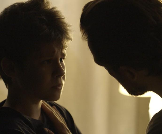 Alex conta que Melissa também sonhou com abandono (Foto: TV Globo)