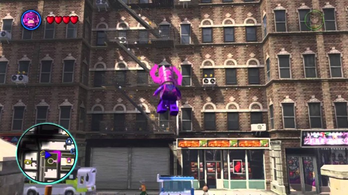 Versão jogável de Galactus é bem menor e menos ameaçadora (Foto: youtube.com)