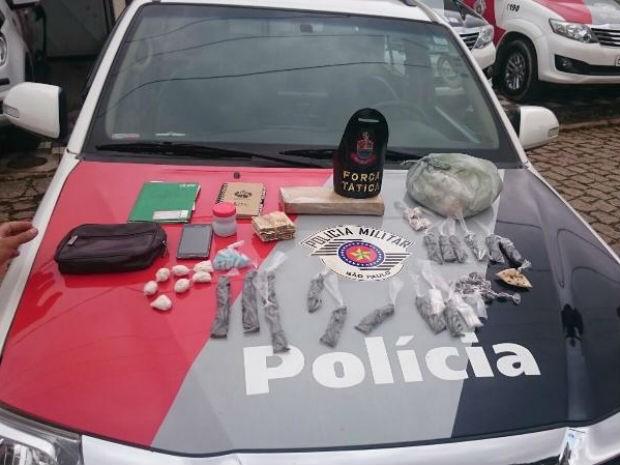 Operação da PM apreendeu drogas em Porto Feliz (Foto: Divulgação / PM)