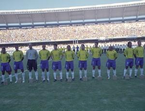 Brasil perde para o Paraguai, em 2002, após ser pentacampeão do mundo (Foto: José Leomar/Agência Diário)