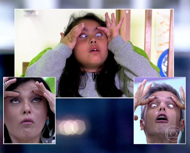 Monica e Otaviano participam de desafio de fazer caretas (Foto: Mais Você/TV Globo)
