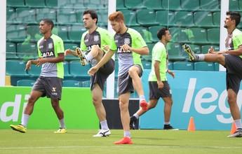 Depois de longa reunião dos atletas, Figueira treina com portões fechados