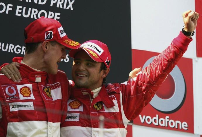 Michael Schumacher e Felipe Massa no pódio do GP da Europa de 2006 (Foto: Getty Images)