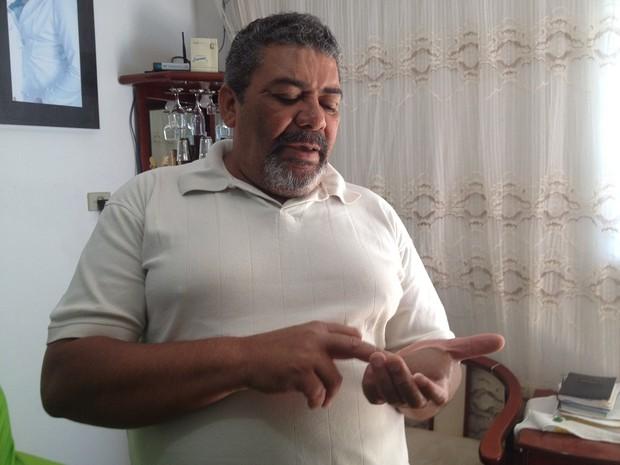 Odesson Ferreira é irmão de Devair, o dono do ferro-velho onde a cápsula de césio foi aberta em Goiás (Foto: Versanna Carvalho/G1)