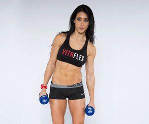 Bella Falconi lista cinco passos para conquistar uma barriga sarada