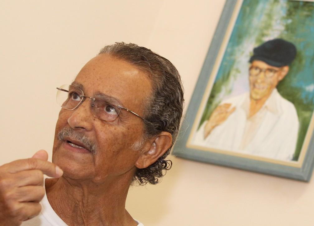 O ator Nelson Xavier em foto de 2009 durante visita a cidade de Uberaba, em Minas Gerais, onde viveu o médium Chico Xavier, vivido por ele no cinema. (Foto: L Adolfo/Agência Estado)
