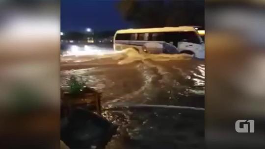 Após 12 horas de chuva, 11 famílias são retiradas de casa em Parnaíba