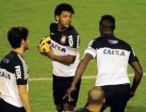 Pato, Romarinho e Cléber Treino Corinthians Itu (Foto: Marcos Ribolli)