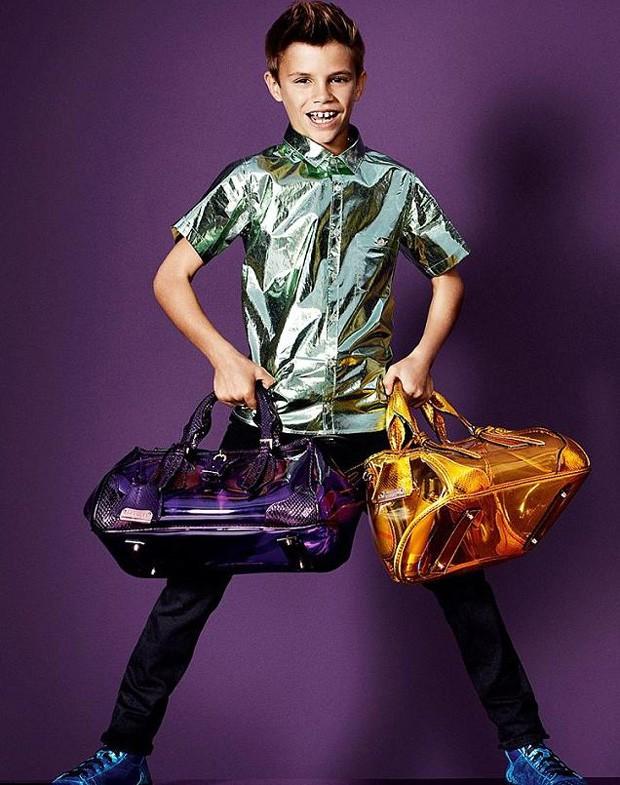 Romeo Beckham para a Burberry (Foto: Reprodução / Burberry)