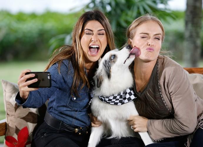 Fê Paes Leme com seu cãozinho  (Foto: Ellen Soares / Gshow)