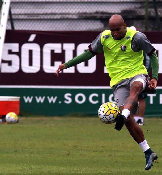 """""""Espero  fazer 200"""" (Nelson Perez/Fluminense FC)"""