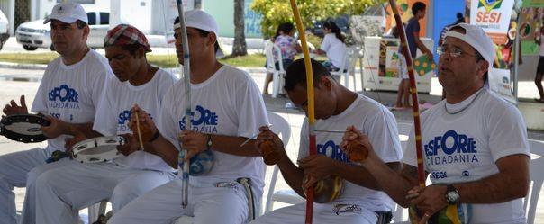 Capoeiristas se apresentam no Esporte e Cidadania  (Foto: TV Sergipe / Divulgação)