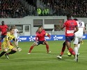 Cavani e Bryan Ruiz disputam enquete por gol mais bonito internacional
