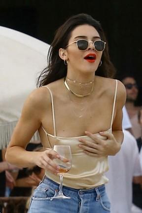 Kendall Jenner em Miami, nos Estados Unidos (Foto: Grosby Group/ Agência)