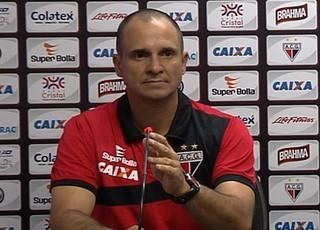 Wagner Lopes e Adson Batista - Atlético-GO (Foto: Reprodução / TV Anhanguera)