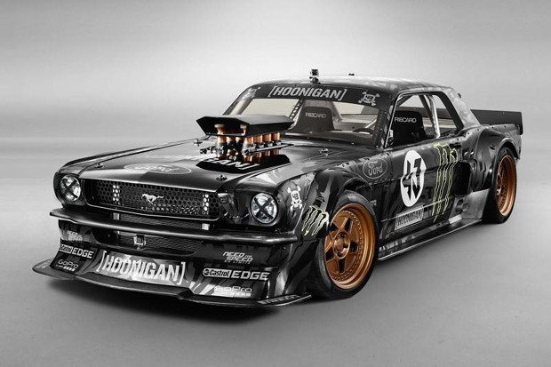 Hamilton queria comprar Mustang 1965 de 877 cv de Ken Block (Foto: Divulgação)