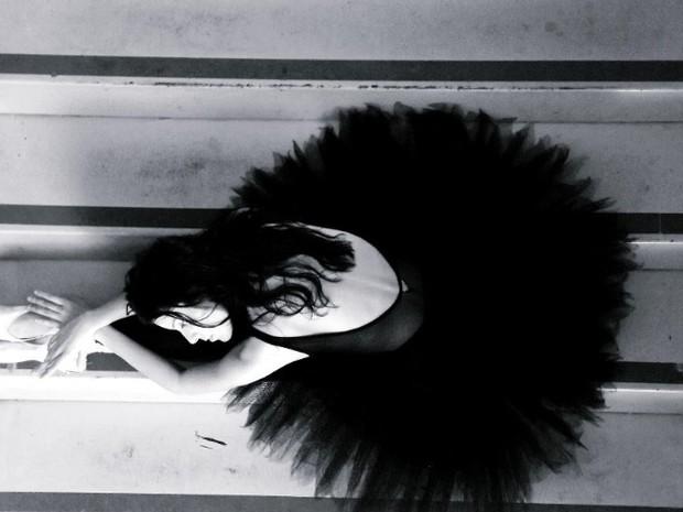 Caroline Neves da Silva, de 19 anos, esbanja talento pelo mundo da dança clássica. (Foto: Gabriel D'Alexandria )