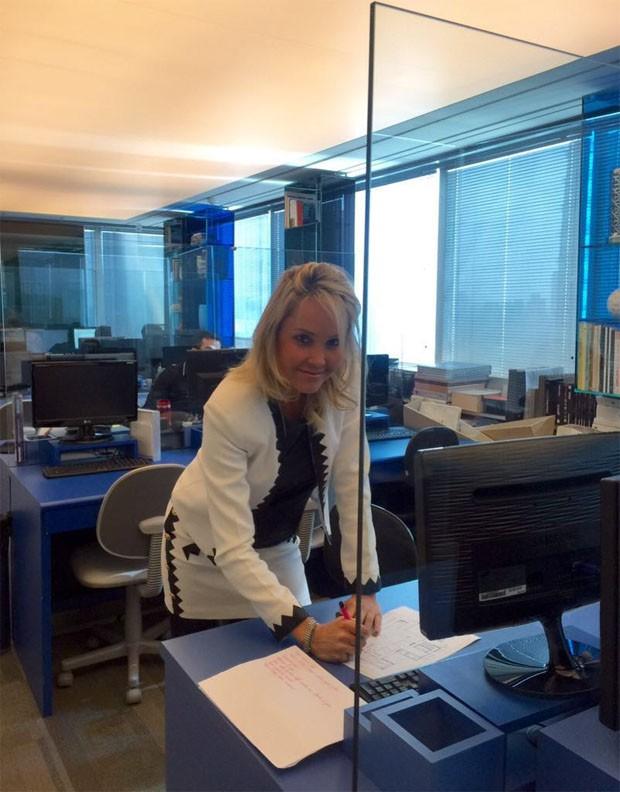 Camila Klein mostra detalhes do escritório (Foto: Divulgação)