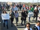 Sábado é marcado por caminhadas e protestos pacíficos no interior do RS