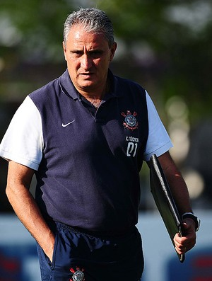 Tite no treino do Corinthians (Foto: Marcos Ribolli / Globoesporte.com)