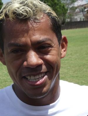 Marcelinho Paraíba participou de jogo festivo neste sábado (Foto: Silas Batista/ Globoesporte.com)